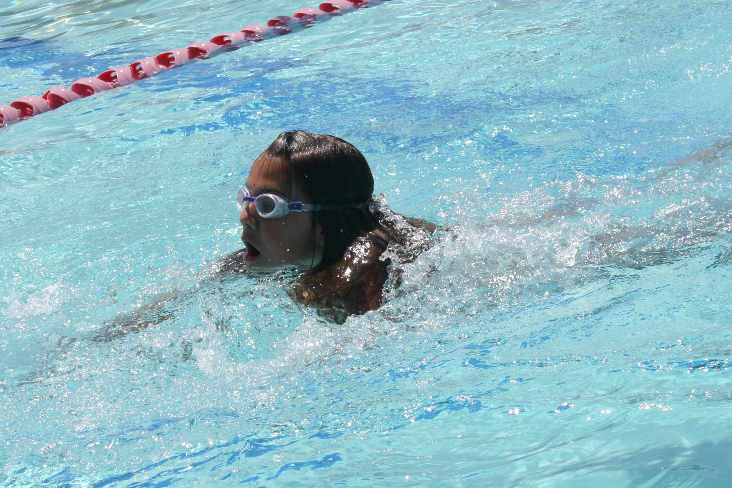 baden-kinder-schwimmen-pool-261097